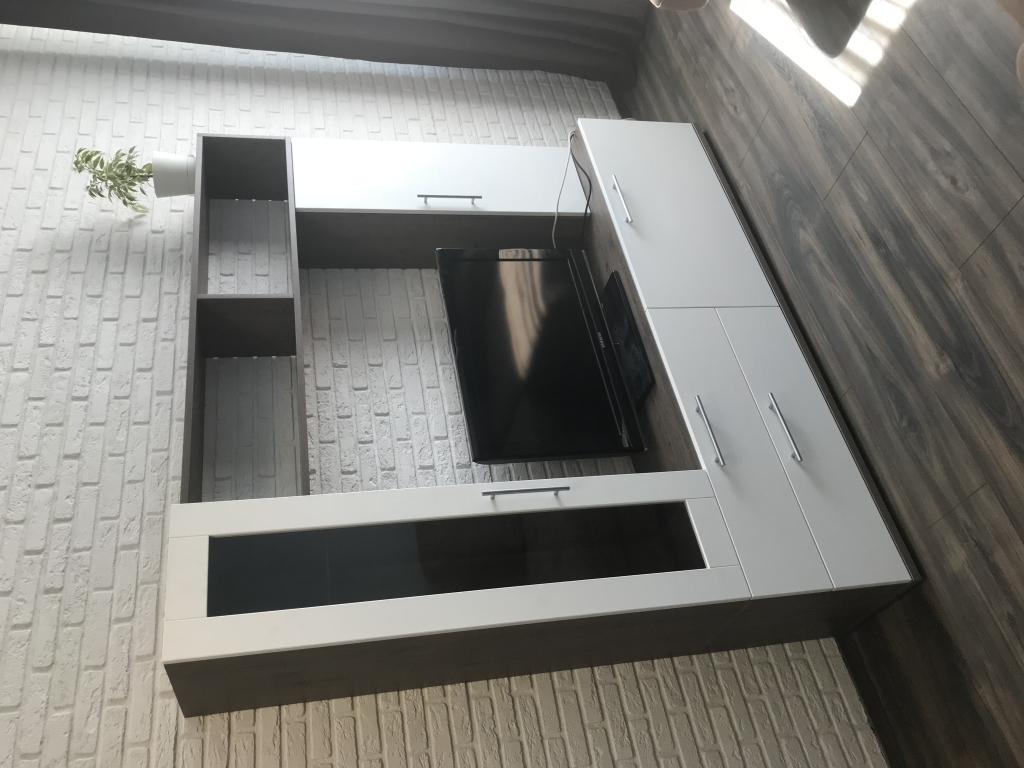 Мебельная фабрика Стильные кухни - Стенка под ТВ