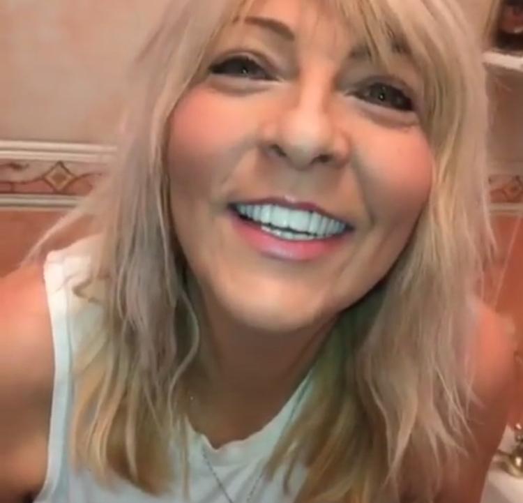 Implant Smiles - съемные виниры - Вторая молодость