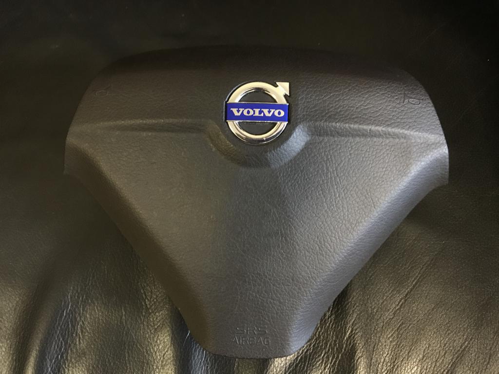 izap24.ru интернет-магазин автозапчастей - Airbag Volvo