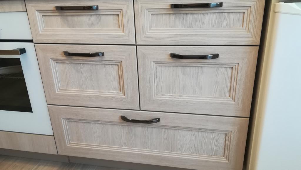 Мебельная фабрика Стильные кухни - Отсутствует полностью контроль качествв