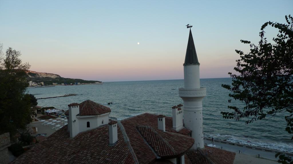 Туроператор «Интурист» - отдых в Болгарии